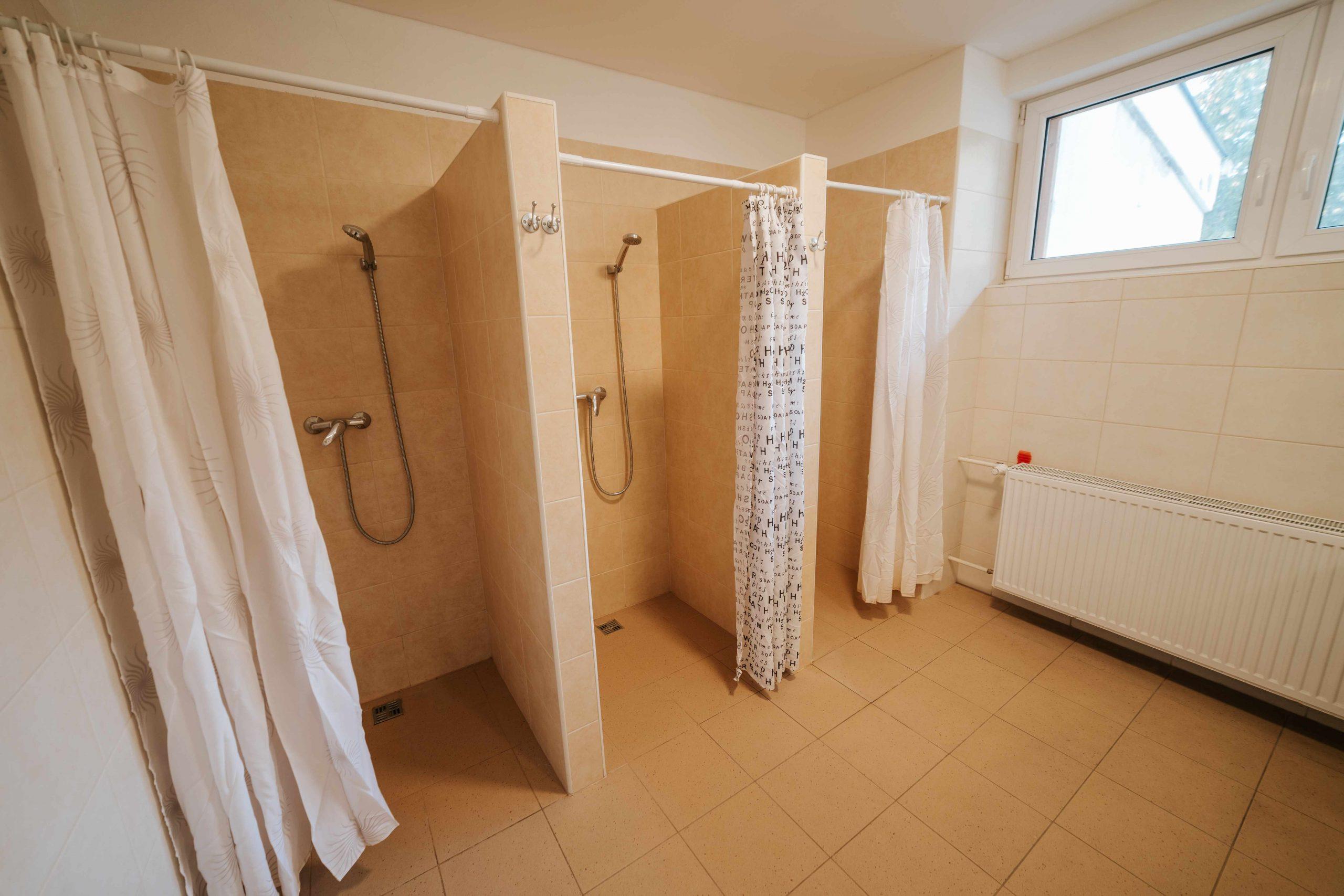 Kúpeľňa dámy dolná