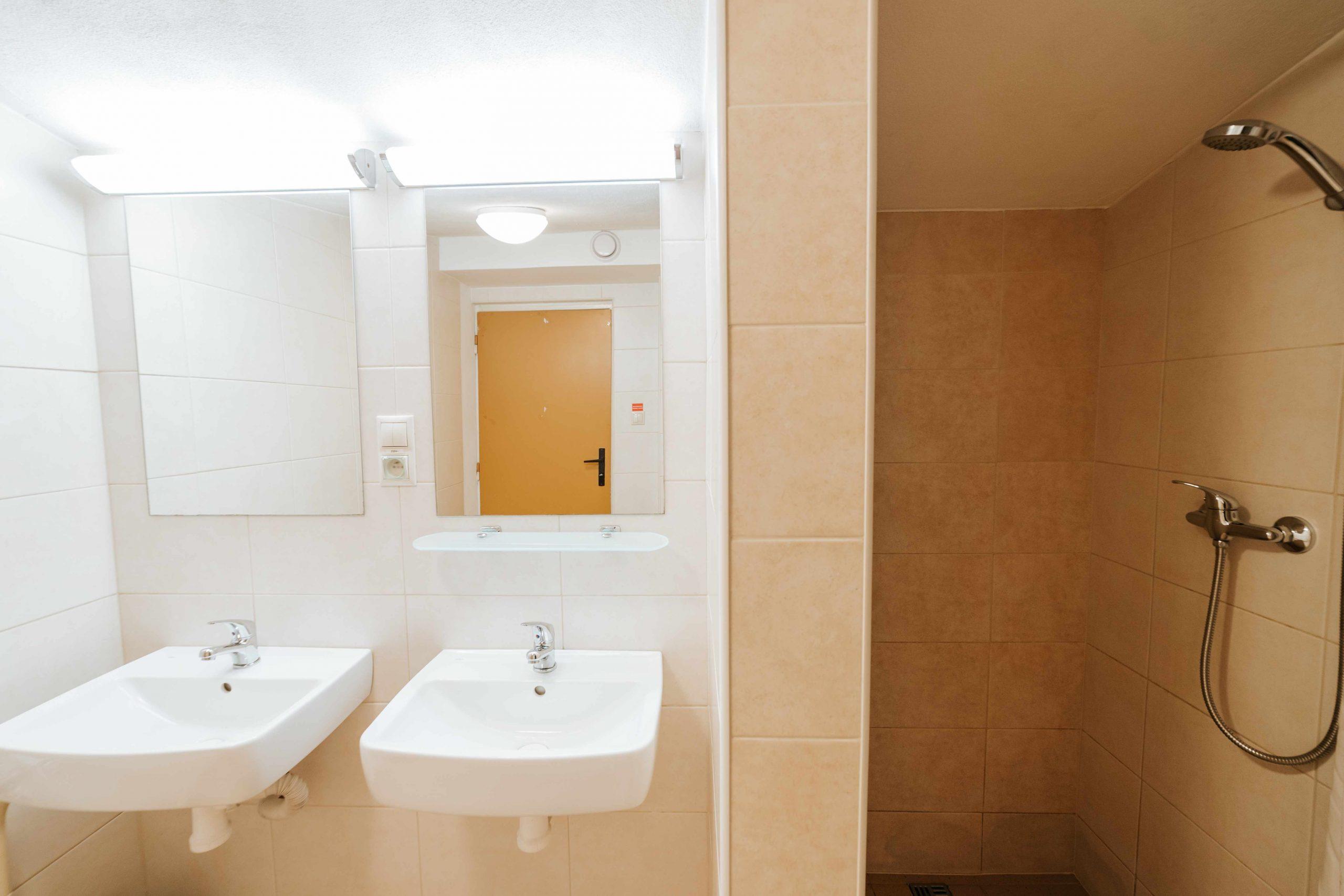 Kúpeľňa dámy horná